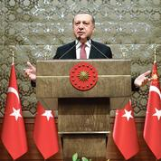 Turquie: les pouvoirs d'Erdogan renforcés