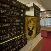 Harry Potter et l'enfant maudit caracole en tête des ventes en France