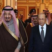 Le roi Salman règne sur une Arabie saoudite fragilisée