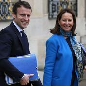Ségolène Royal fait un pas de plus vers Emmanuel Macron