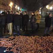 Contre le trafic de cigarettes, les buralistes déversent... des carottes