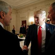 Donald Trump lance sa réforme pour soulager les banques
