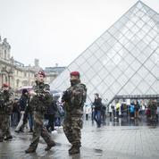 Le terroriste du Louvre a fait de mystérieux versements en Pologne