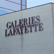 Galeries Lafayette : une femme atteinte d'un cancer forcée de retirer son bonnet pour faire ses courses