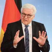 Steinmeier, un président face à Trump et Merkel