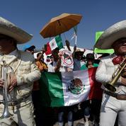 Des milliers de Mexicains manifestent contre Trump