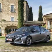 Toyota Prius rechargeable: le plein à la maison tous les soirs