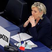 Assistants parlementaires du FN : le rapport qui embarrasse Marine Le Pen