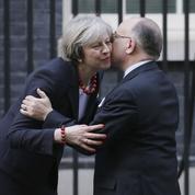 Cazeneuve aborde avec flegme le Brexit à Londres