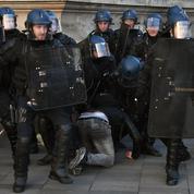 Les relations entre la police et la population se sont encore tendues en 2016
