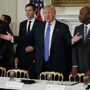 Donald Trump entretient la confiance des patrons