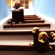 Le gouvernement s'attaque aux violences faites aux enfants