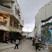 Banksy ouvre un «hôtel» à Bethléem, au pied du mur de séparation