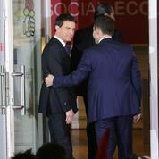 Entre Hamon et Macron, l'impossible choix de Valls