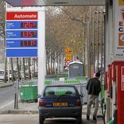 Carburants: la baisse des prix se confirme à la pompe