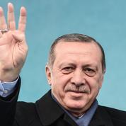 À quelques heures des législatives, Erdogan s'en prend à nouveau aux Pays-Bas
