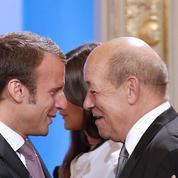 Jean-Yves Le Drian rejoint Emmanuel Macron