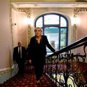 Le Front national réclame aussi une enquête sur le «cabinet noir»