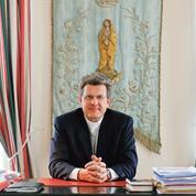 Père Stalla-Bourdillon:«Un désarroi politique chez nos élus»