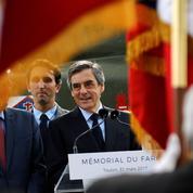 Défense: Fillon dénonce l'«immaturité» de Macron