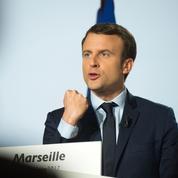 À Marseille, Macron charge le FN et répond aux attaques