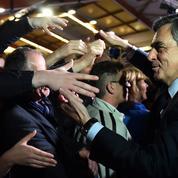 Présidentielle: pourquoi Fillon est devant Macron sur les réseaux sociaux