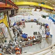 L'antimatière joue-t-elle avec la gravité?