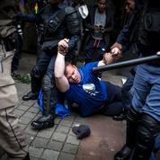 Afrique du Sud: le parti au pouvoir se fissure