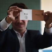 Turquie : le «oui» en tête du référendum