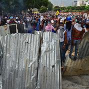 L'opposition vénézuélienne maintient la pression