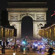 Les Champs-Élysées, l'artère aux 100 millions de promeneurs