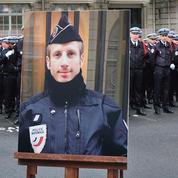 La colère froide des policiers: «Le simple port de l'uniforme fait de nous une cible»