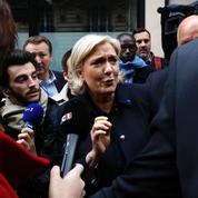 Marine Le Pen dément toute «contradiction» dans sa position sur l'euro