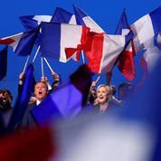 Le Pen fustige Macron, lereprésentant de «la finance»