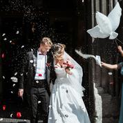 Les couples hésitent moins à financer leur mariage avec un crédit