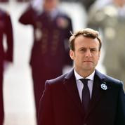 La VeRépublique d'Emmanuel Macron: entre le vieux et le neuf