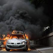 Voiture de police brûlée en 2016 : le parquet demande un procès pour neuf accusés
