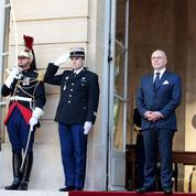 «On ne vient pas de nulle part» : la subtile pique de Cazeneuve contre Macron
