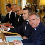Bayrou, Le Drian, Collomb... Ces ministres sommés de démissionner de leur exécutif local