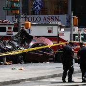 New York : une voiture renverse des piétons à Times Square, un mort et 23 blessés