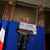 Loi de moralisation: la grand-messe de François Bayrou contrariée par l'affaire Ferrand