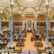 À la BNF, ministre et mécènes au chevet des livres