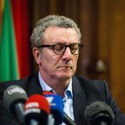 Empêtré dans un scandale, le maire de Bruxelles contraint à la démission
