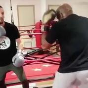 La boxe anglaise : le «nouveau combat» de Mathieu Kassovitz
