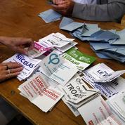 Une majorité écrasante promise à En Marche! malgré un score historiquement bas