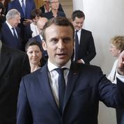 Remaniement ministériel : ces élus de droite que Macron convoite
