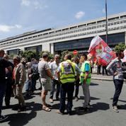 GM&S : reçus par Bruno Le Maire, les salariés maintiennent la pression
