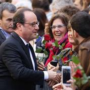 François Hollande joue les acteurs pour un tournoi de football