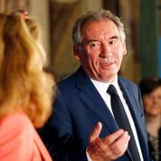 Le MoDem a «recasé» des salariés à Bruxelles, reconnaît François Bayrou
