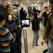 Danemark : Yusuf et son robot Beam vont à l'école